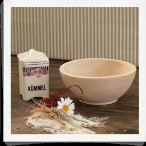 hecha de pino de piedra suizo - un tazón de cereales