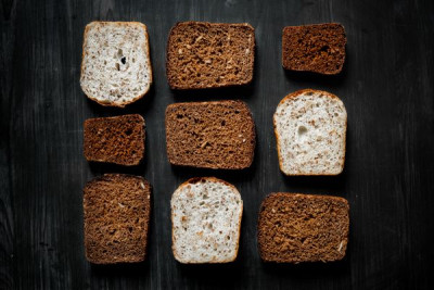 Do phytochemicals in whole grains have positive effects on the body?